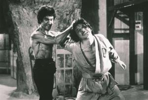 bruce lee vs jackie chan fight